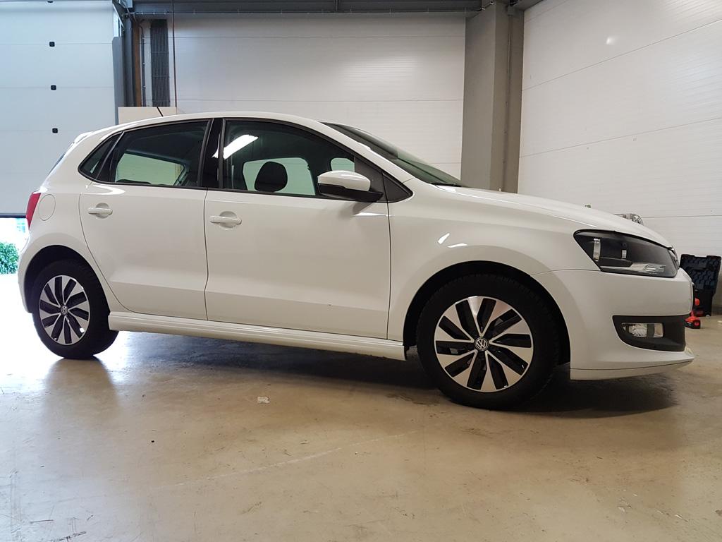 Showroomstaat Witte Auto