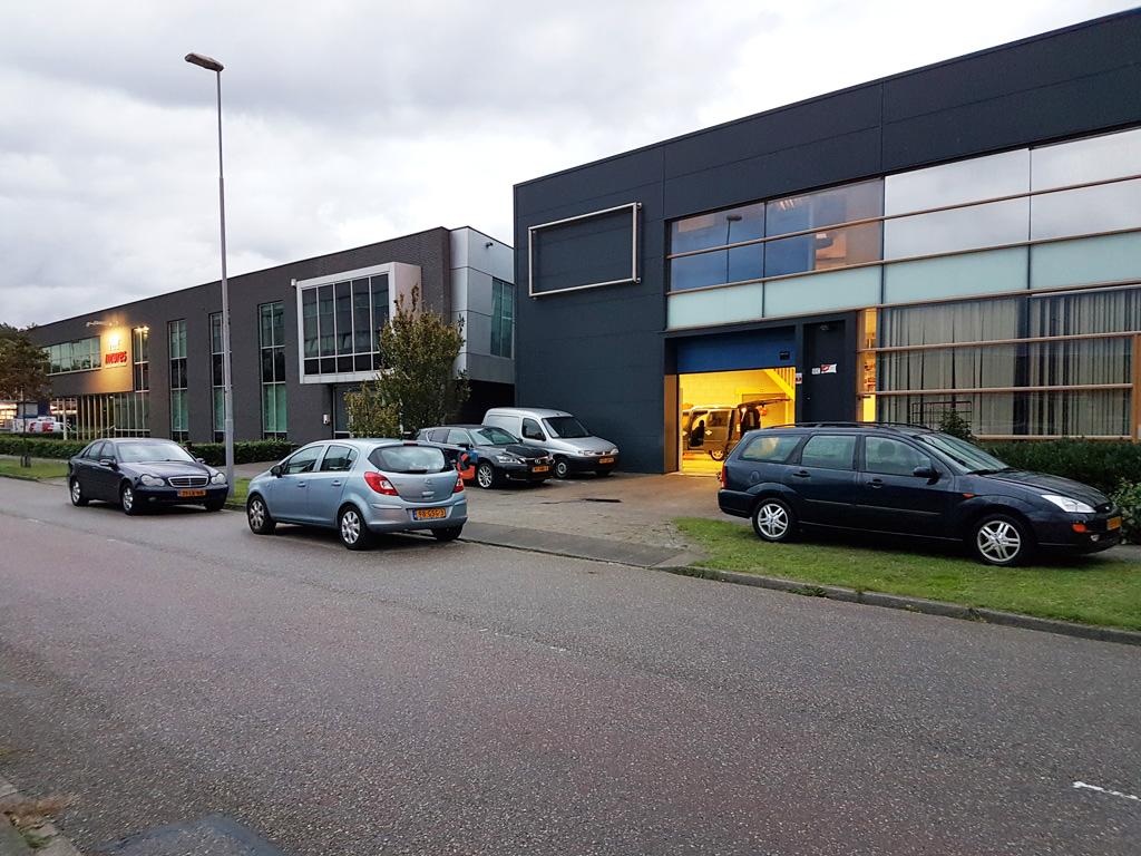 Auto Garage Beverwijk : Auto schoonmaak beverwijk showroomstaat